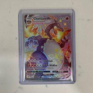Pokémon Charizard VMAX Mystery Pack!!